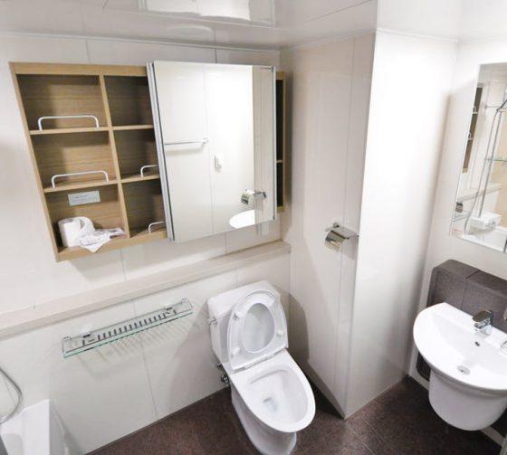 idealne półki w łazience